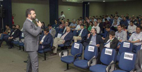 Desenvolvimento do Agro: Rafael Figueiredo ministra palestra sobre impostos durante Seminário em Goiás