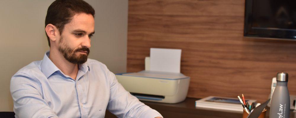 RENEGOCIAÇÃO DE DÍVIDAS: Ricardo Costa Oliveira fala sobre planejamento estratégico e organização financeira para evitar crises